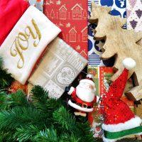 Die Stadtbibliothek bereitet kleine Weihnachtsüberraschungen vor.